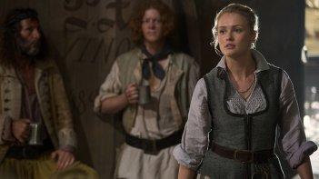 Black Sails: Hannah New in una scena del primo episodio