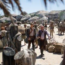 Black Sails: Tom Hopper durante una scena del primo episodio della serie