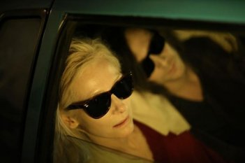 Only Lovers Left Alive: Tilda Swinton e Tom Hiddleston in auto