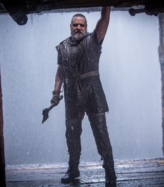 Noah Russell Crowe Sull Arca Costruita Per Sfuggire Al Diluvio 302251