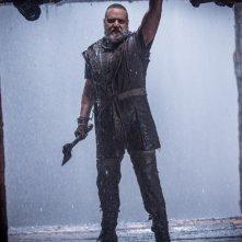 Noah: Russell Crowe sull'arca costruita per sfuggire al diluvio