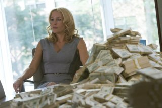 Crisis: Gillian Anderson nell'episodio If You Are Watching This I Am Dead