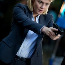 Crisis: Rachael Taylor nell'episodio If You Are Watching This I Am Dead
