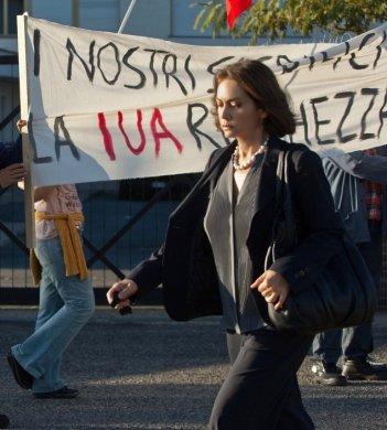 Le due leggi: Elena Sofia Ricci nella fiction Rai