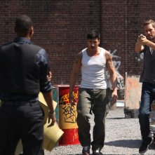 Brick Mansions: Paul Walker con David Belle in una scena del film