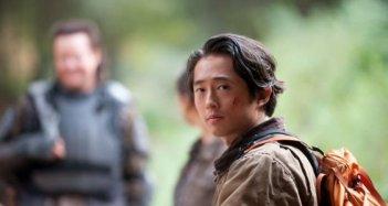 The Walking Dead: Steven Yeun in una scena dell'episodio Noi
