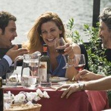 Ti sposo ma non troppo: Gabriele Pignotta con Vanessa Incontrada e Francesco Foti in una scena