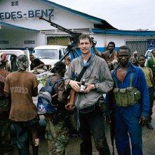 Tim Hetherington: dalla linea del fronte, il fotografo Tim Hetherington in una scena del documentario