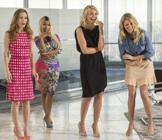 Tutte contro lui: Leslie Mann insieme a Cameron Diaz, Kate Upton e Nicki Minaj in una scena del film