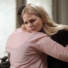 C'era una volta: Ginnifer Goodwin con Jennifer Morrison nell'episodio Quiet Minds
