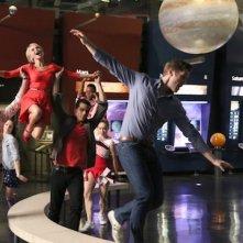 Glee: il cast in una scena dell'episodio New Directions