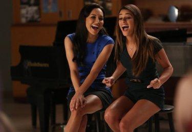 Glee: Naya River e Lea Michele nell'episodio New Directions