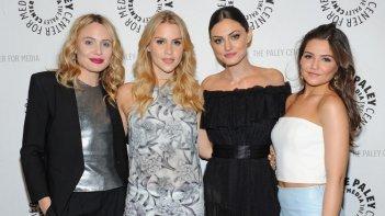 Danielle Campbell, Phoebe Tonkin, Claire Holt e Leah Pipes al Paleyfest del 2014