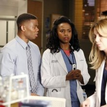 Grey's Anatomy: Ellen Pompeo, Paul James, Jerrika Hinton nell'episodio We Gotta Get Out of This Place