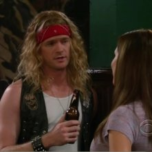 How I Met Your Mother: Neil Patrick Harris in un momento dell'episodio The Playbook