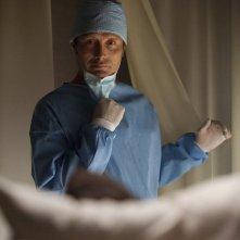 Hannibal: Mads Mikkelsen in una scena dell'episodio Futamono