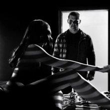 Sin City - Una donna per cui uccidere: Josh Brolin alle prese con una sensuale dark lady