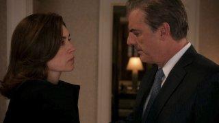 The Good Wife: Julianna Margulies e Chris Noth in una scena dell'episodio The Last Call