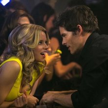 Walk of Shame: Elizabeth Banks flirta con James Marsden