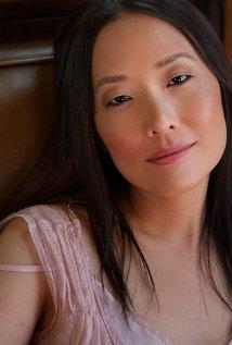 Una Foto Di Peggy Ahn 325143