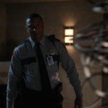 Arrow: David Ramsey in una scena dell'episodio Il buio sulla città, della prima stagione
