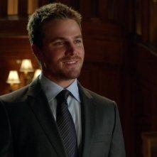 Arrow: Stephen Amell nell'episodio Cena di Natale della prima stagione