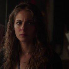 Arrow: Willa Holland nell'episodio Il buio sulla città, della prima stagione