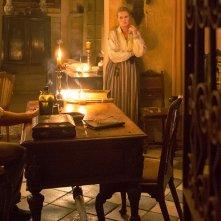 Black Sails: Hannah New e Luke Arnold nel sesto episodio della prima stagione
