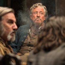 Black Sails: Patrick Lyster e Graham Weir nel quinto episodio della prima stagione