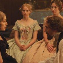 Ralph Fiennes con Kristin Scott Thomas e Felicity Jones in The Invisible Woman