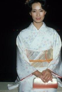 Una Foto Di Yoko Shimada 327646