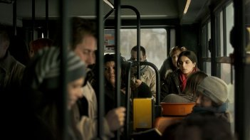 War Story: Hafsia Herzi in una scena del film