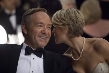 House of Cards: Kevin Spacey e Robin Wright in una scena della serie