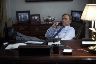 House of Cards: Kevin Spacey interpreta Francis Underwood in una scena della serie