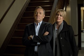 House of Cards: Robin Wright insieme a Kevin Spacey in una scena della serie