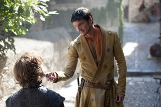 Il trono di spade: Peter Dinklage e Pedro Pascal nell'episodio Two Swords