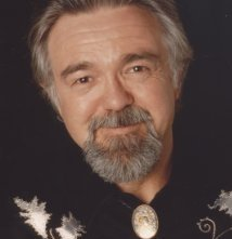 Una foto di Earl Poole Ball
