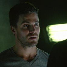 Arrow: Stephen Amell in una scena dell'episodio La prova, prima stagione