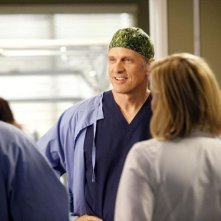 Grey's Anatomy: Patrick Fabian in una scena dell'episodio You Be Illin'