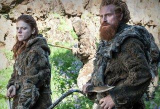 Il trono di spade: Rose Leslie e Kristofer Hivju nell'episodio Two Swords