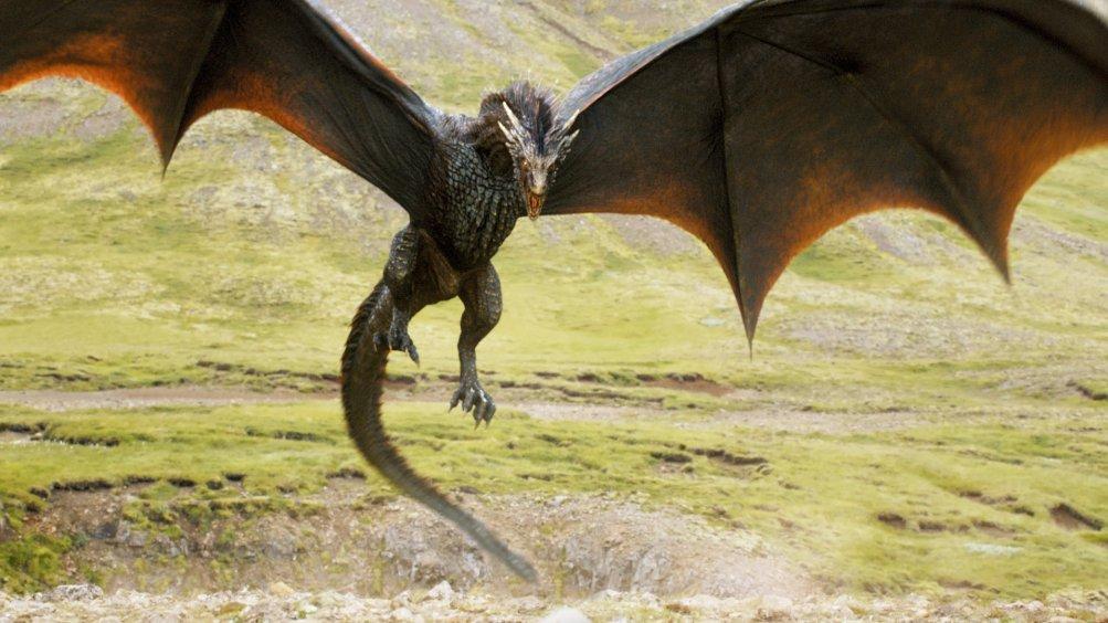Il trono di spade: uno dei draghi di Daenerys Targaryen nella quarta stagione