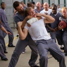 Banshee: Antony Starr in una scena movimentata dell'episodio Wicks