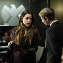Agents of S.H.I.E.L.D.: Chloe Bennet nell'episodio Providence