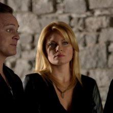Arrow: David Anders e Ona Grauer nell'episodio Tradimento