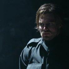 Arrow: Stephen Amell nell'episodio Tradimento, della prima stagione