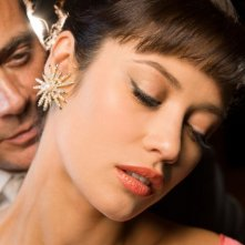 Magic City: Jeffrey Dean Morgan ed Olga Kurylenko in una foto promozionale