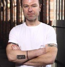 Una foto di Stephen Elliot