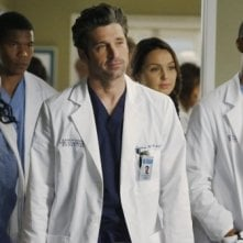 Grey's Anatomy: Patrick Dempsey in una scena dell'episodio Go It Alone