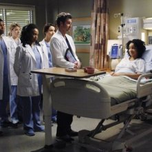 Grey's Anatomy: Patrick Dempsey in una scena dell'episodio Go It Alone, decima stagione