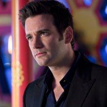 Arrow: Colin Donnell nell'episodio Il ritorno della cacciatrice